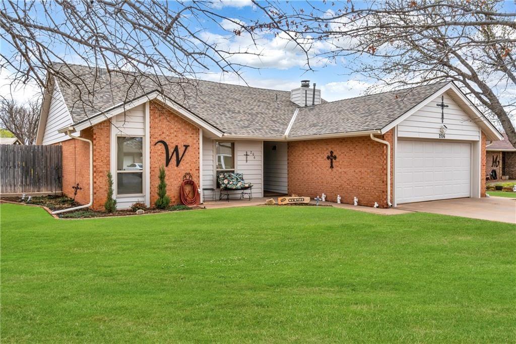 206 Sycamore Avenue, Elk City, Oklahoma 73644