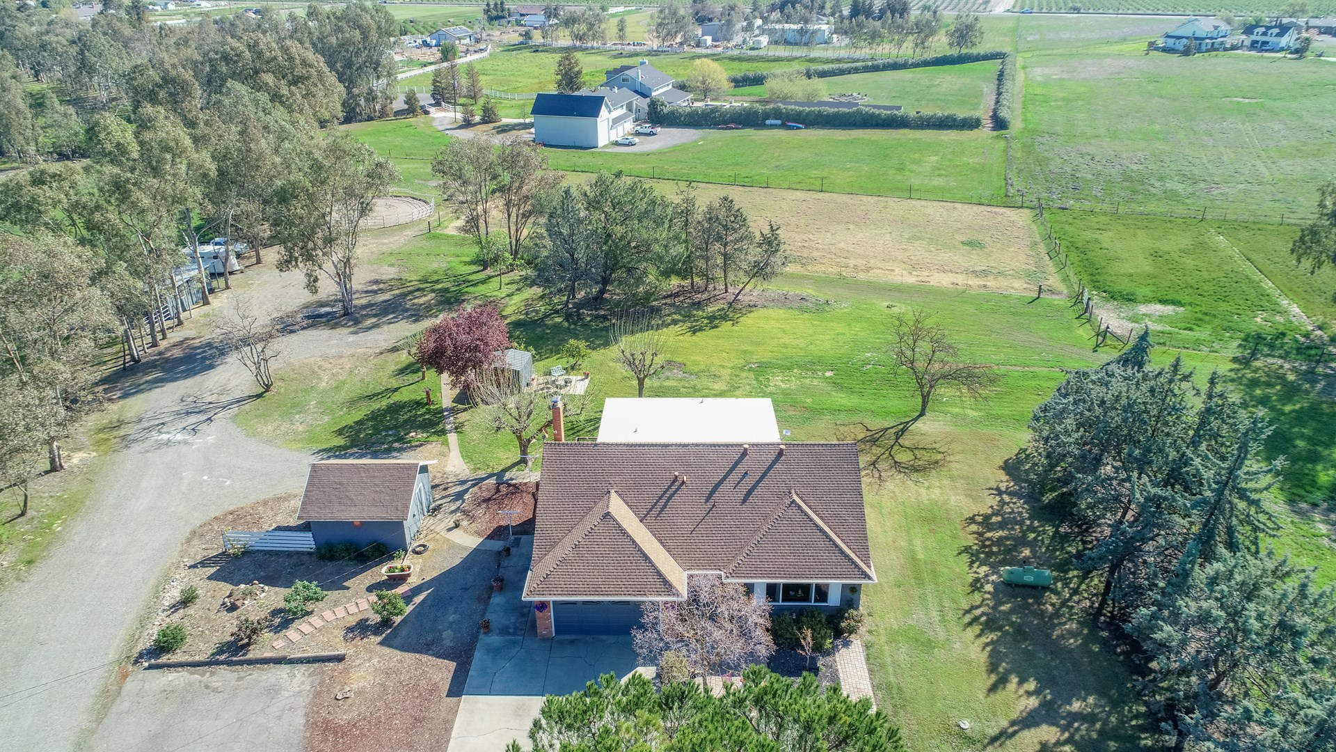 Northern CA Country Property with Home and Barn on 4 Acres