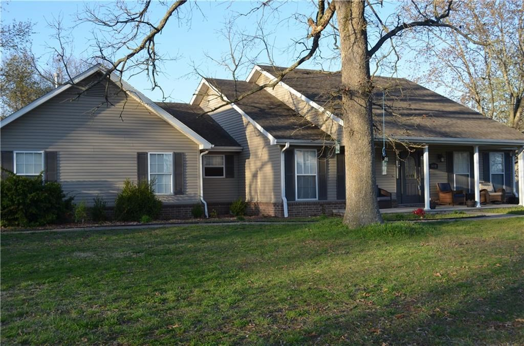 Home For Sale in Gravette