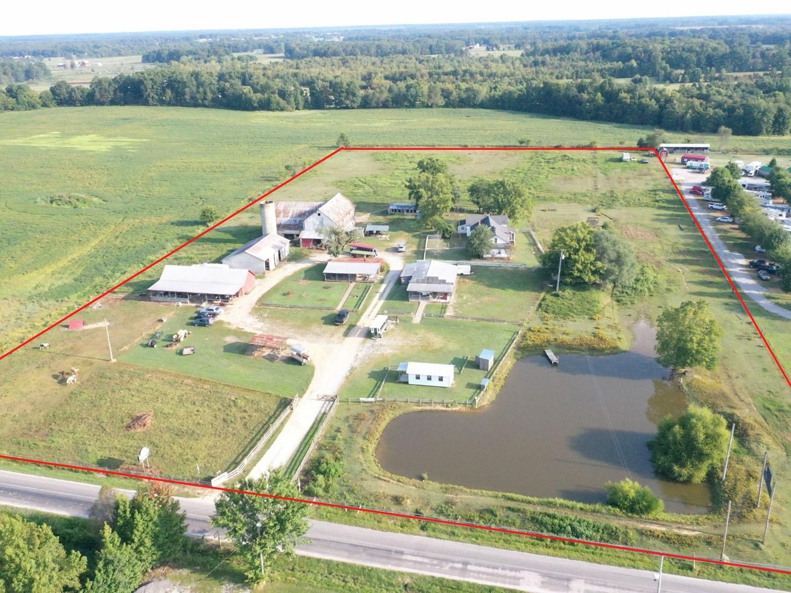 Amish mini-farm for sale in Ethridge Tennessee