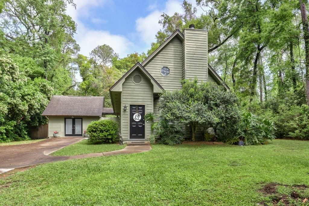 Killearn Lakes Tallahassee home with privacy