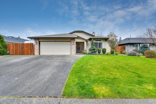 3 bed, 2 bath, Home in Salmon Creek for sale