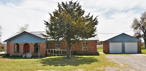 Country Home - Grady County Oklahoma Rush Springs - Acreage