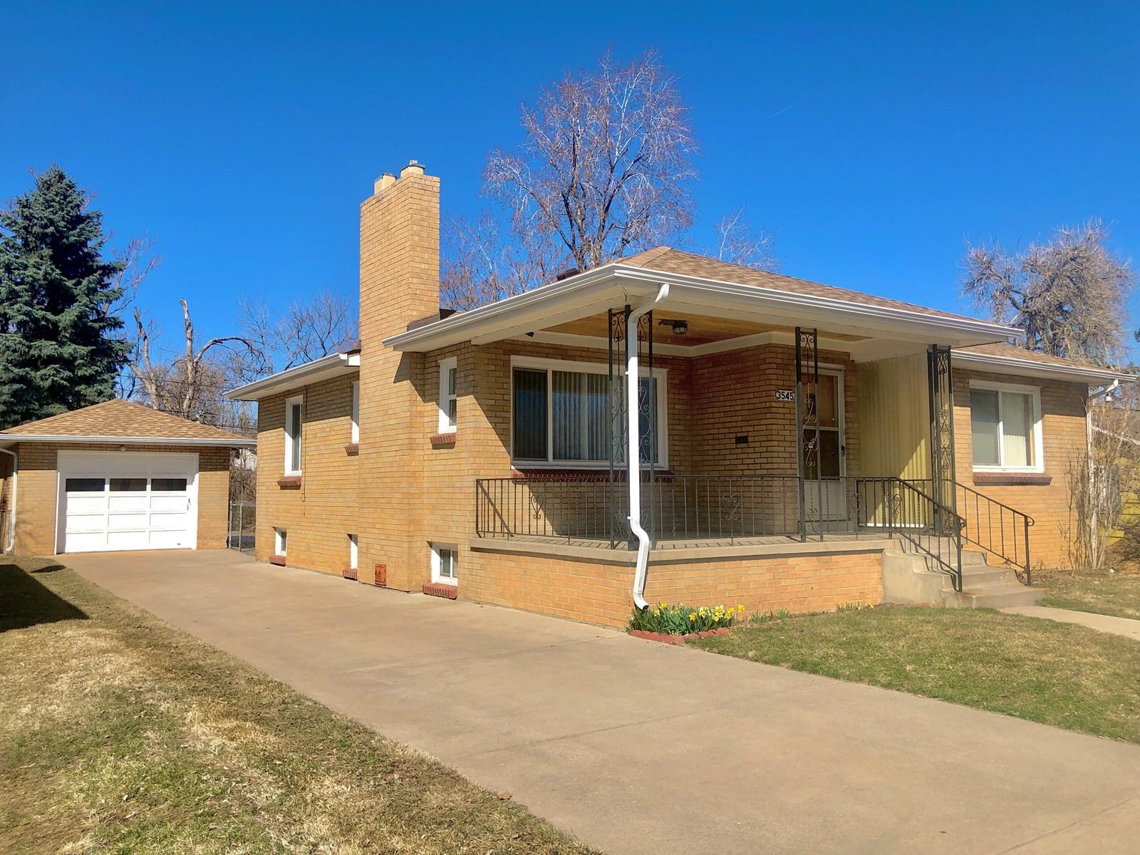 Colorado Home For Sale in Wheat Ridge Colorado