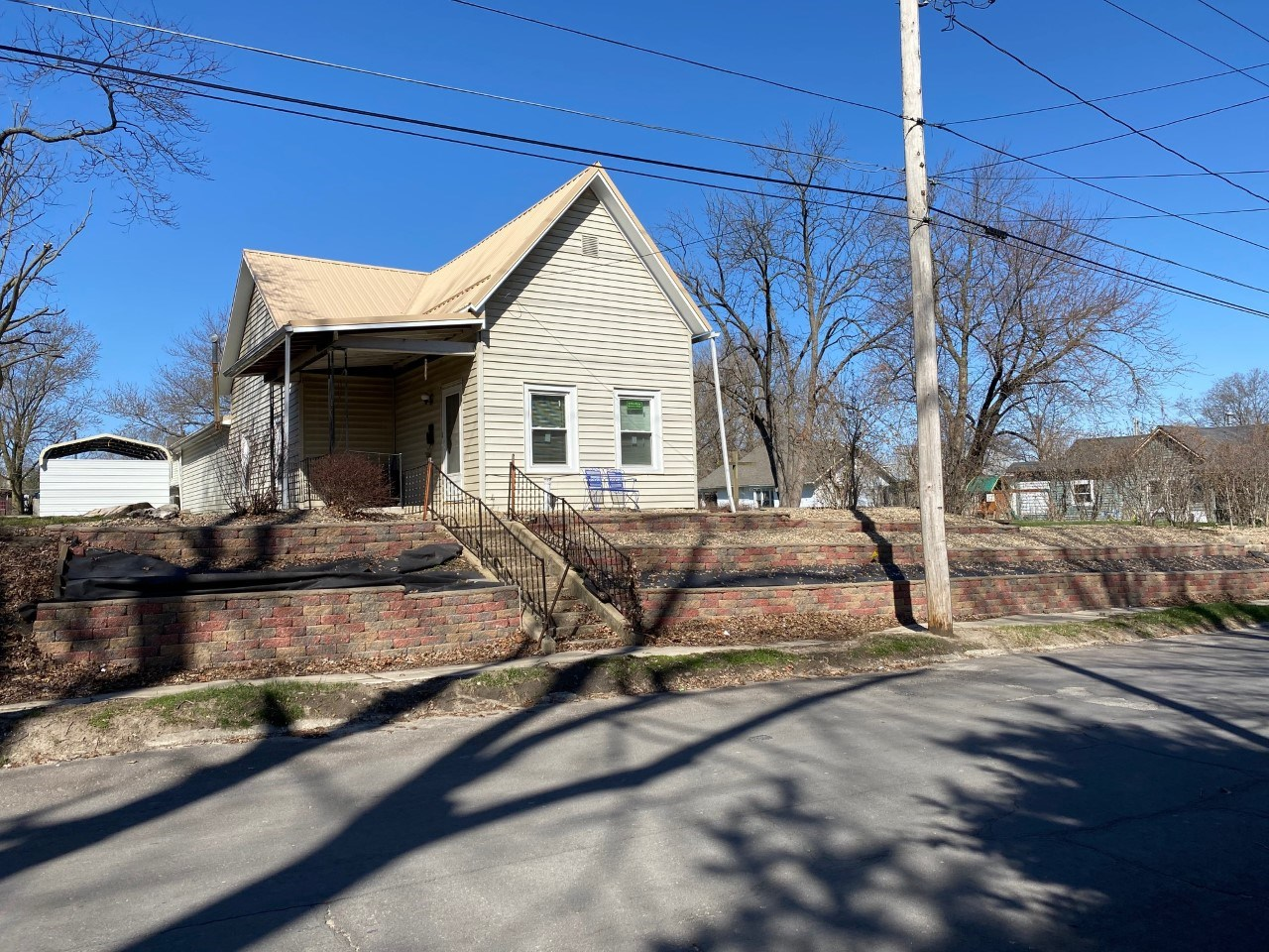 2 Bedroom, 1 Bath Home For Sale Trenton, MO