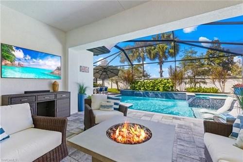 Naples, FL Luxury Home for sale - Salt Water Pool - Golf