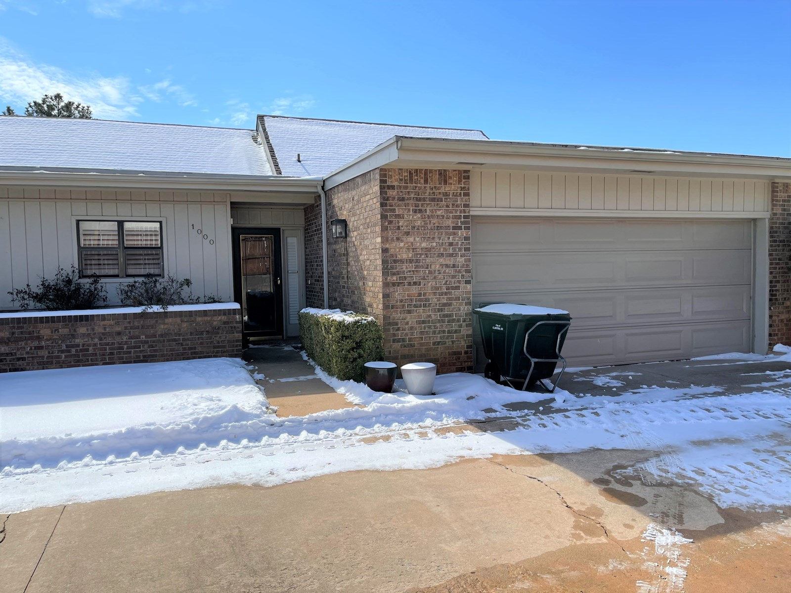 Home for sale in Western Oklahoma, Custer County