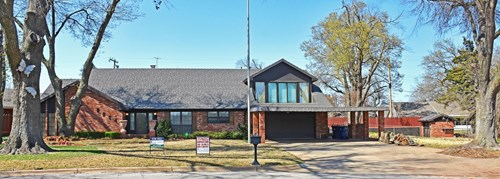 Estate Auction - Wonderful Home - Great Location - Chickasha