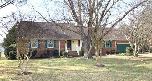 4 BR. Ranch in Suffolk