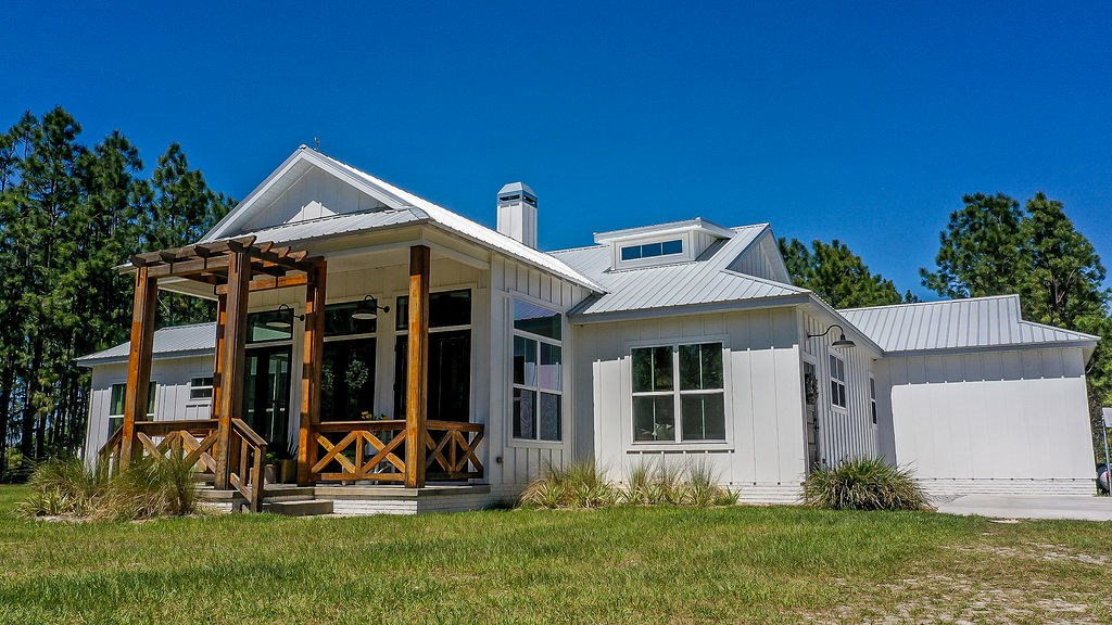 Country Home for sale Levy County, FL Farmhouse home 11.41ac