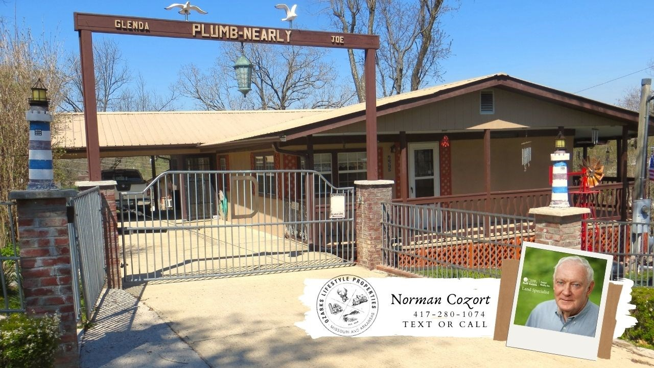 Town Home for sale in Mammoth Spring, Arkansas
