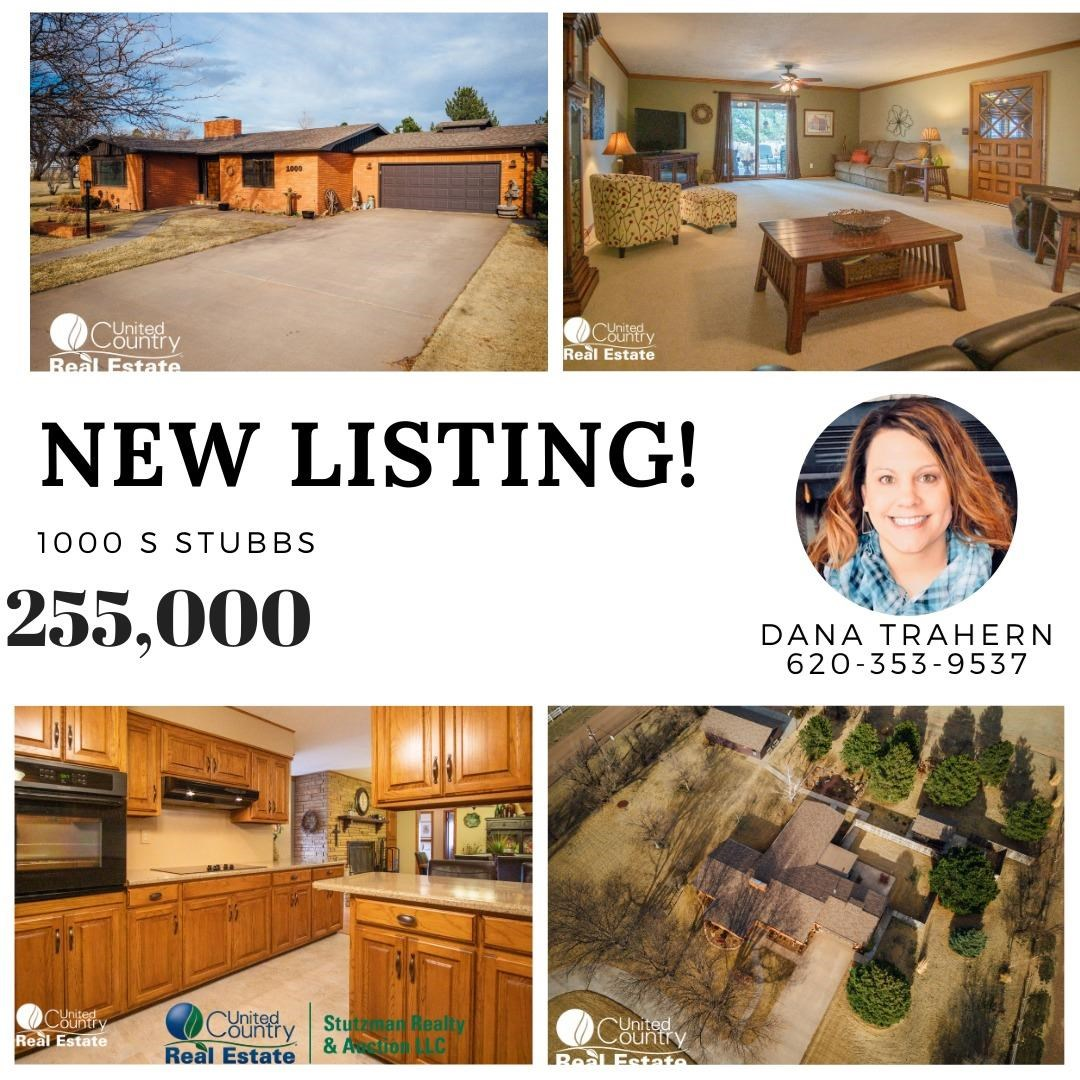 Large Beautiful Home Located Near Ulysses Golf Course