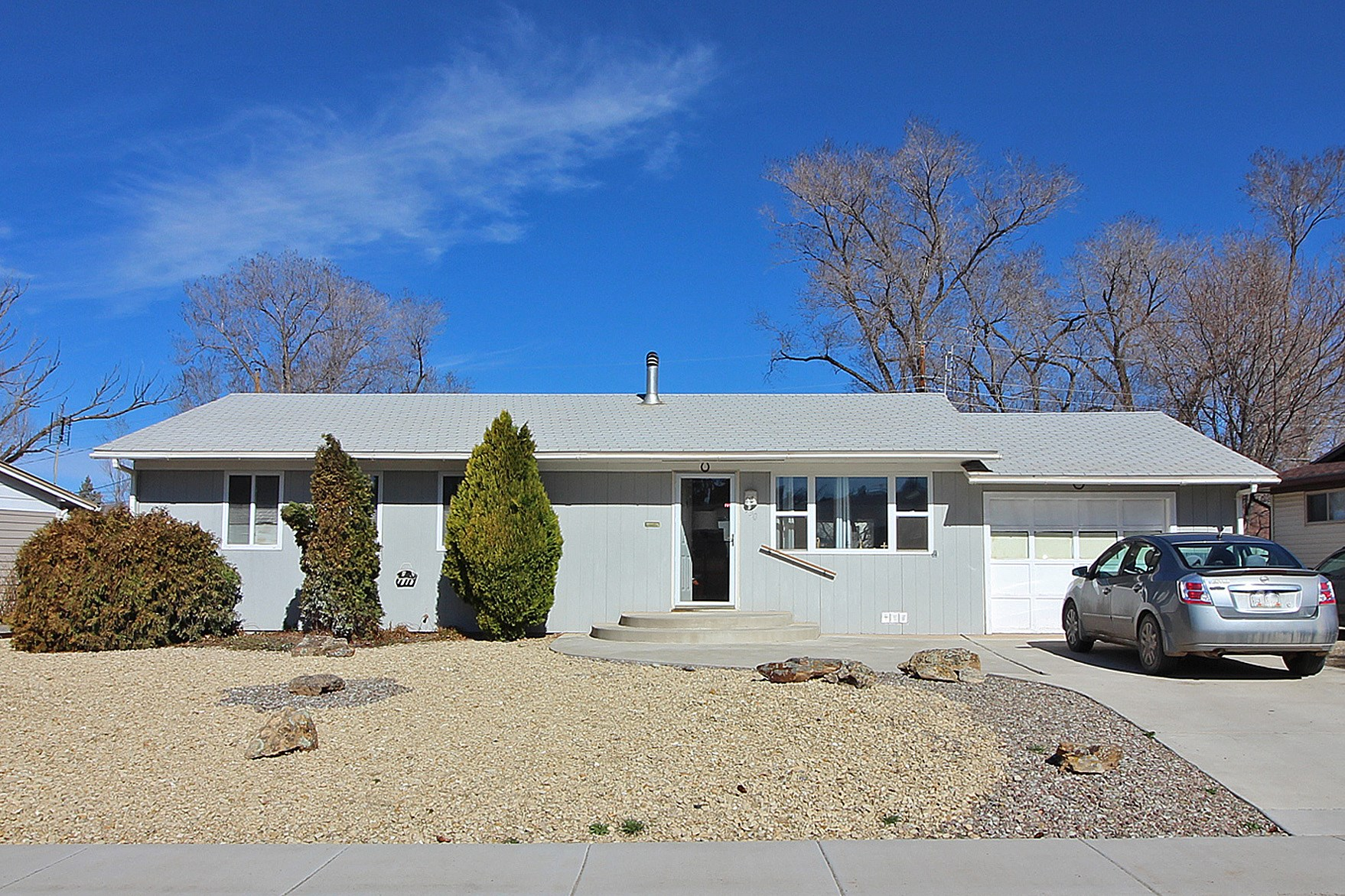 House for sale in town Cortez