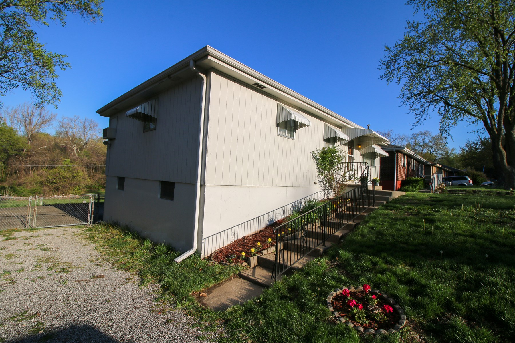 ONLINE AUCTION HOME IN KC MO