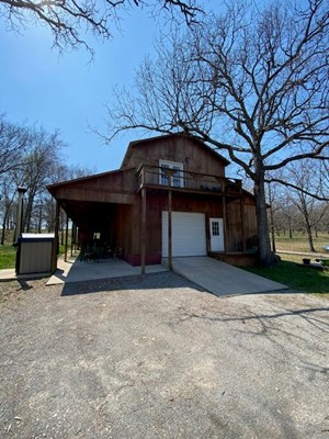 RUSTIC COUNTRY  HOME FOR SALE WITH ACREAGE