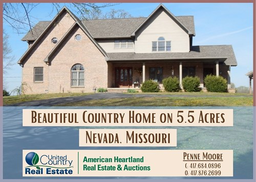Country Home and Acreage For Sale Near Nevada, MO