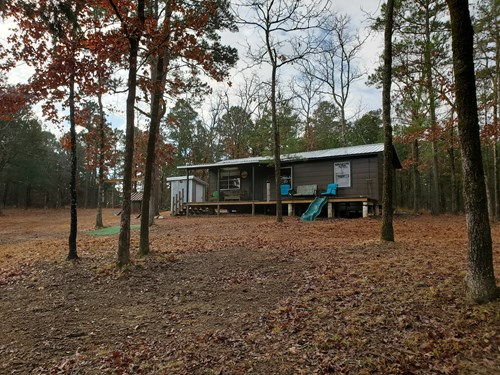 Billy Creek Cabin & 12 Acres – National Forest