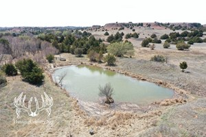 1335 ACRES M/L. BARBER COUNTY KANSAS TROPHY HUNTING RANCH