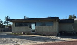 VERSATILE COMMERCIAL PROPERTY FOR SALE IN BLACKWELL OKLA.