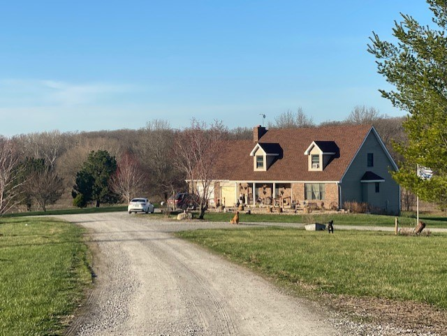 CAMERON MO EXECUTIVE ESTATE FOR SALE WITH 50 ACRES