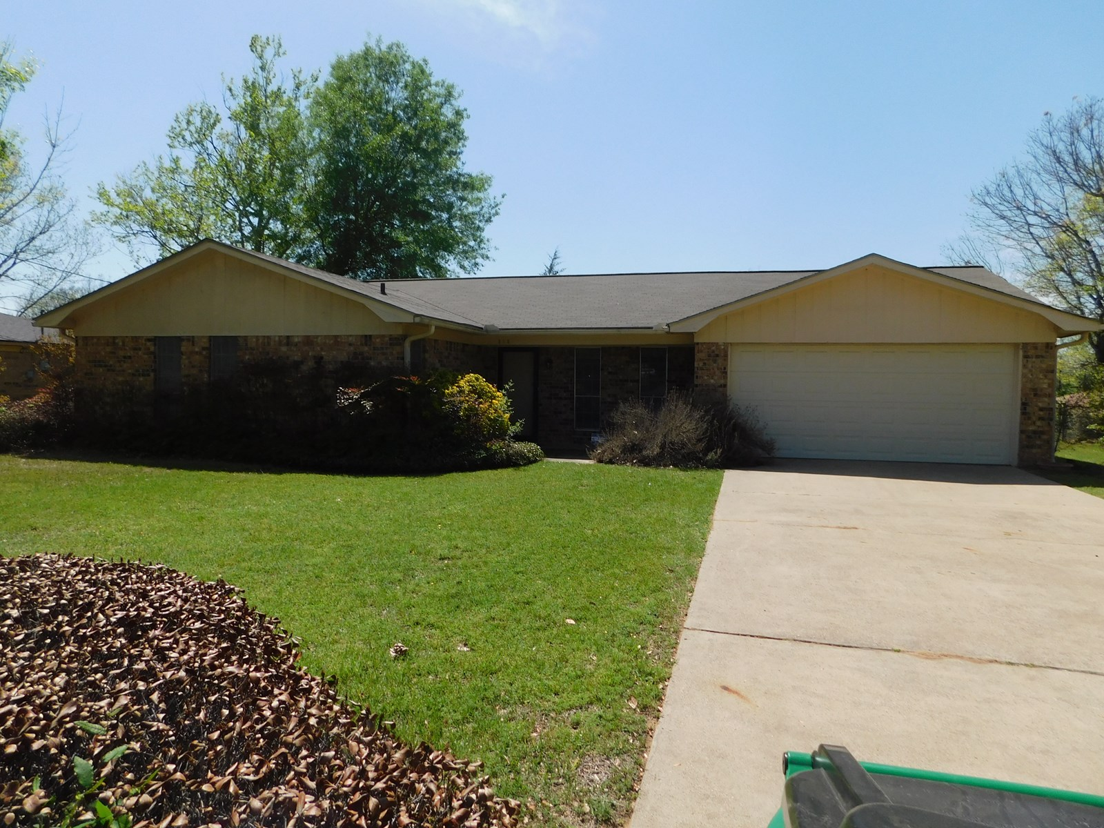 3/2 HOME IN ANDERSON COUNTY FOR SALE