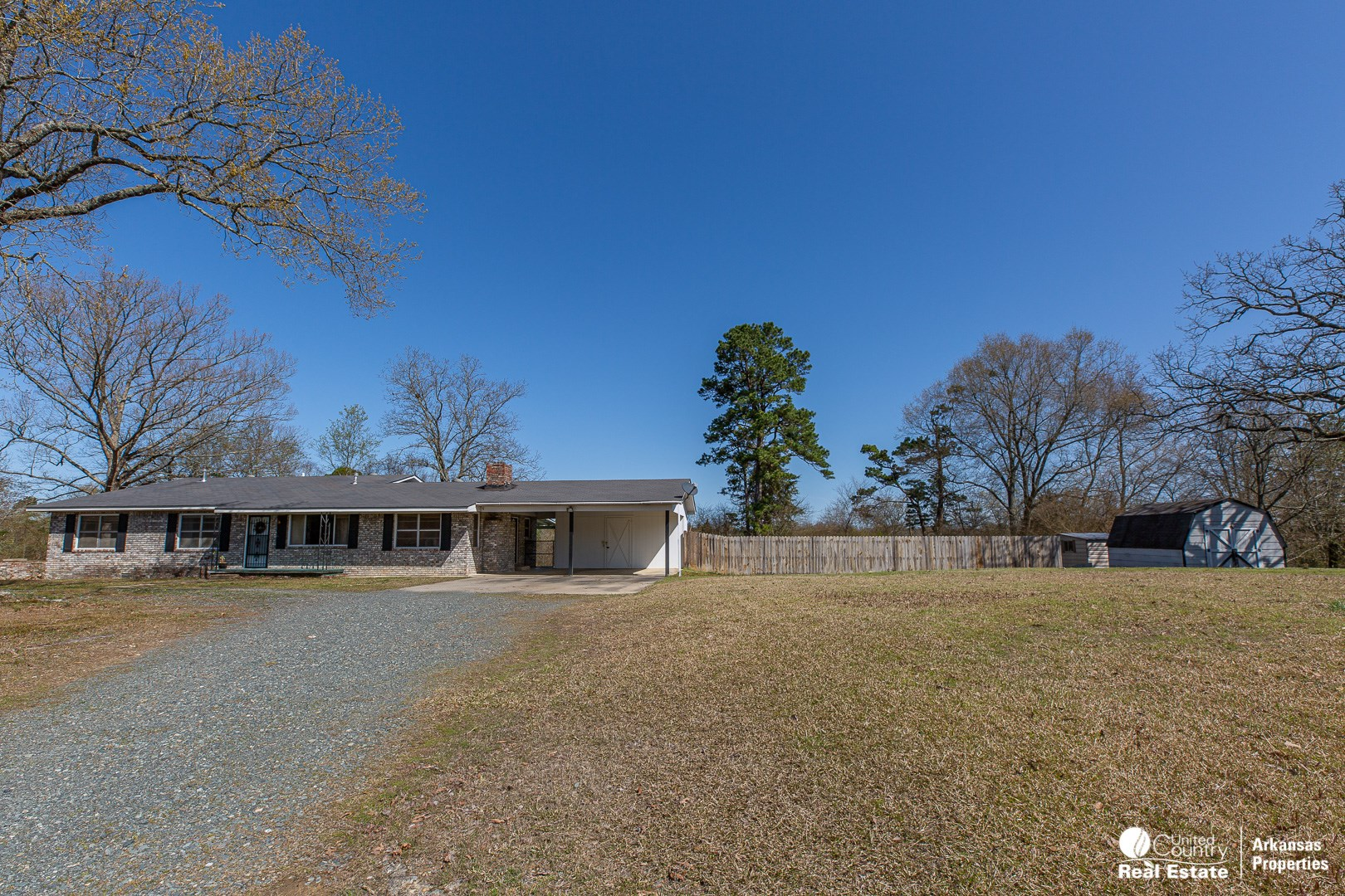 Home for Sale in Hatfield, AR