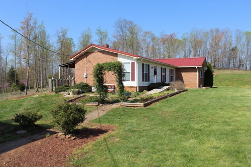 BRICK RANCH STYLE HOME FOR SELL IN STOKES COUNTY, NC