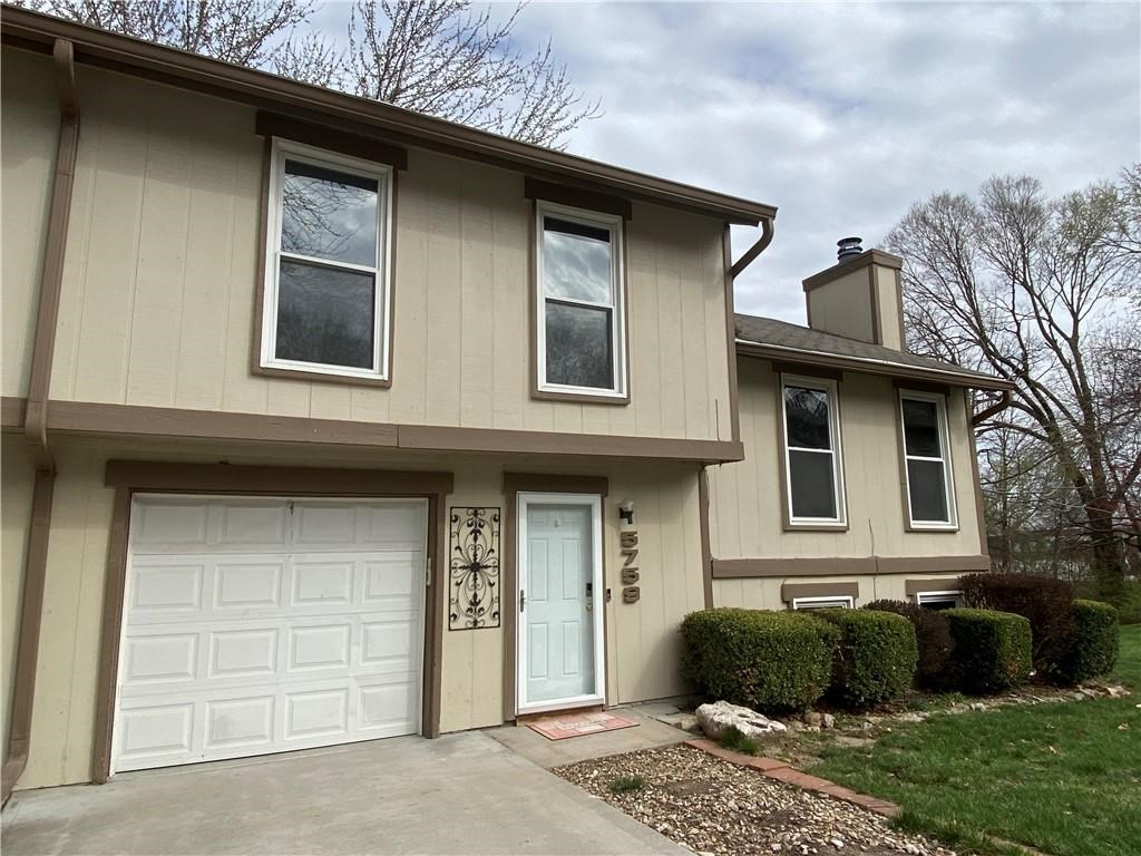 Beautiful Remodeled 3 Bedroom, 2 Bath with Attached Garage