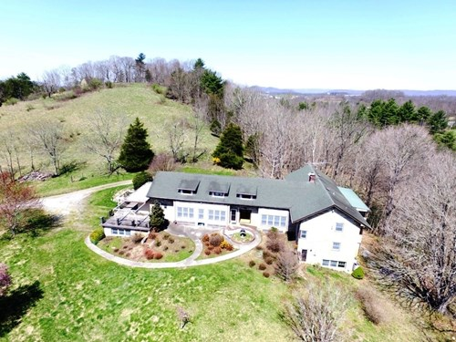 Large House on 8 Acres in  Wytheville, Virginia