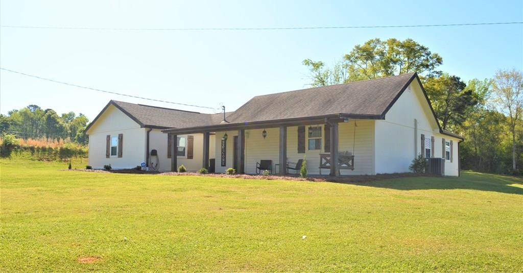 4 Bed/3 Bath Country Home, 7 acres, Shop, NPSD, Summit, MS