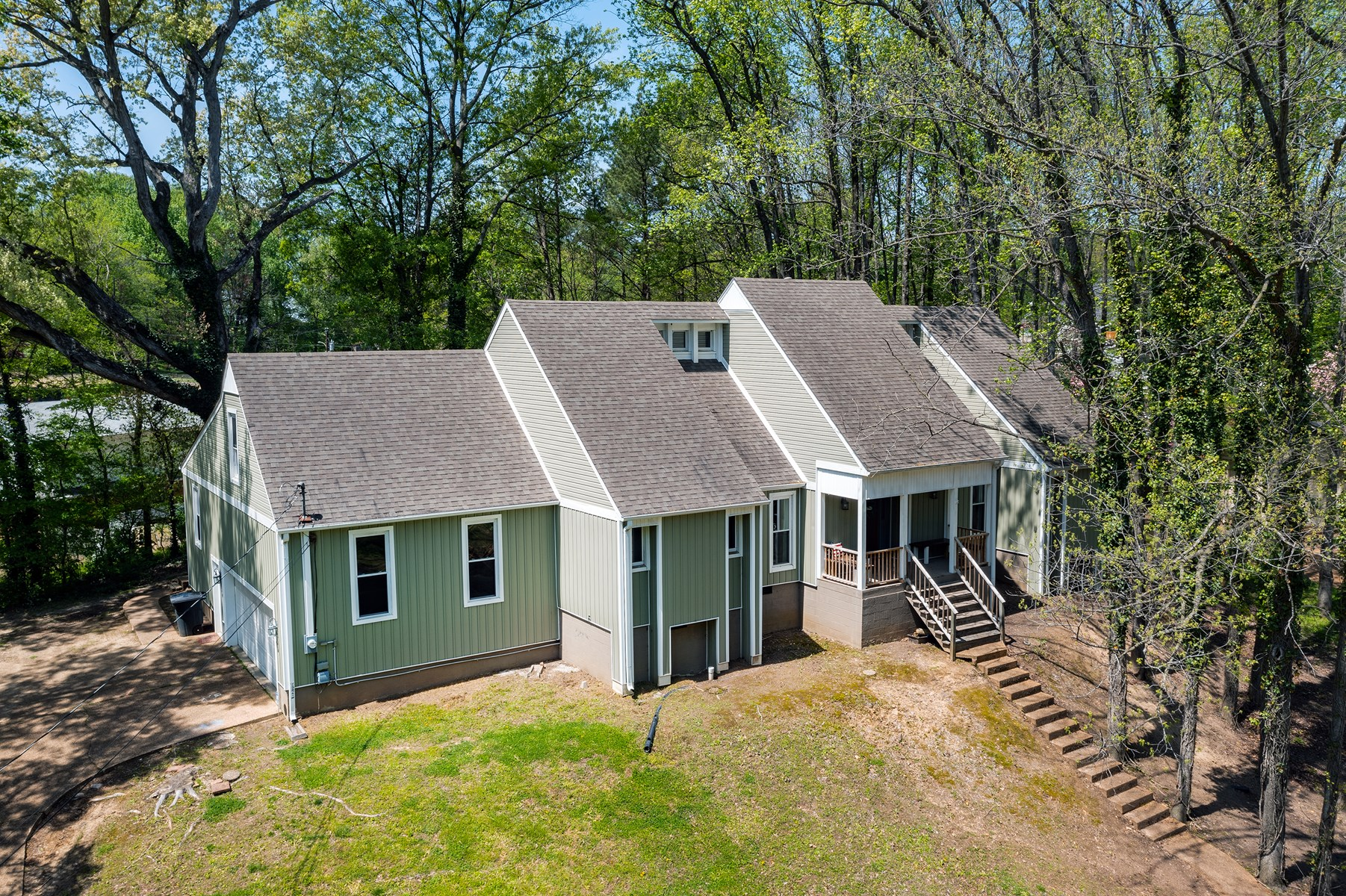 Spacious 5BR Home for Sale - Wooded Lot in Dyersburg, TN