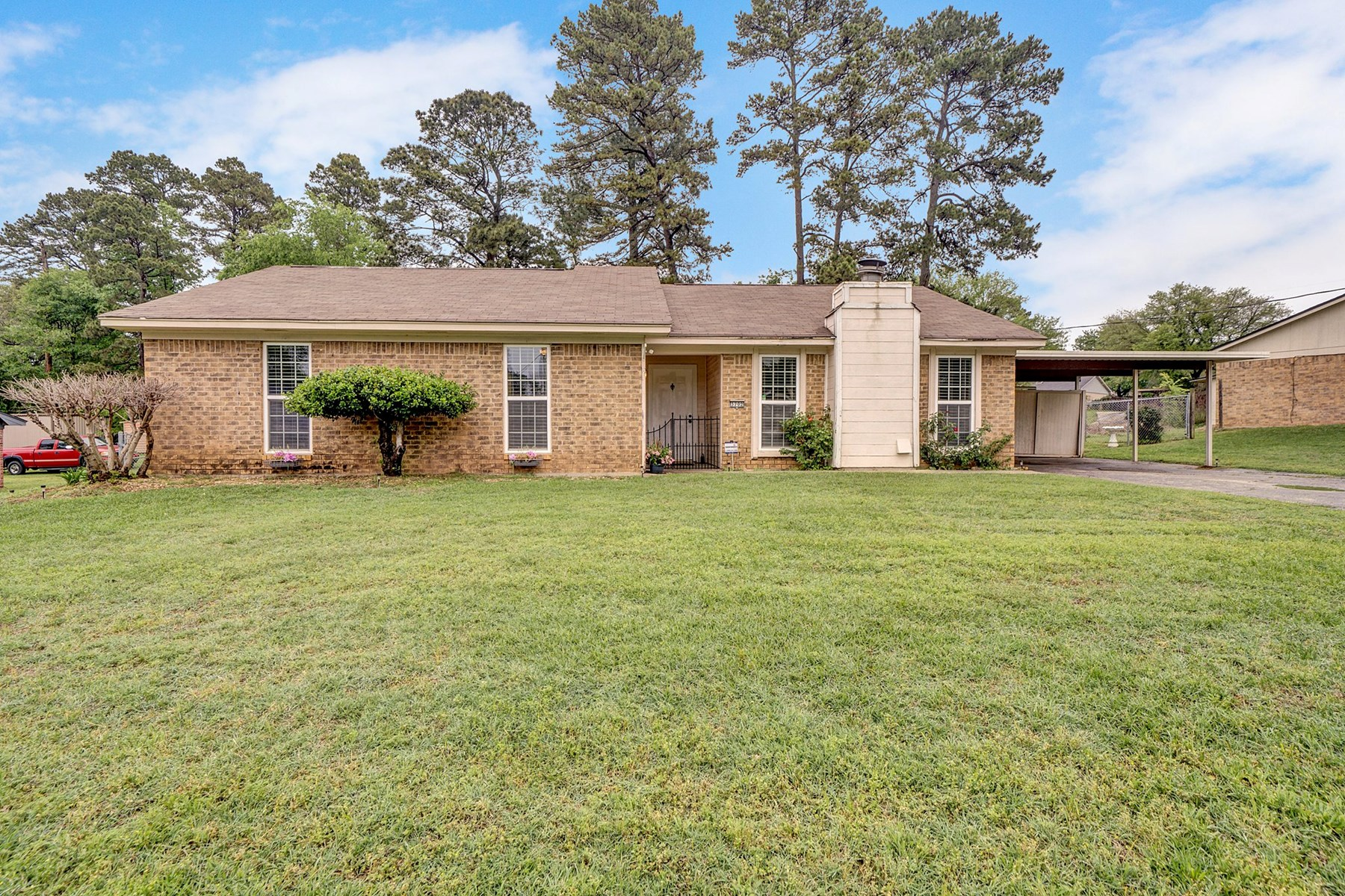 House for sale Longview TX Spring Hill ISD