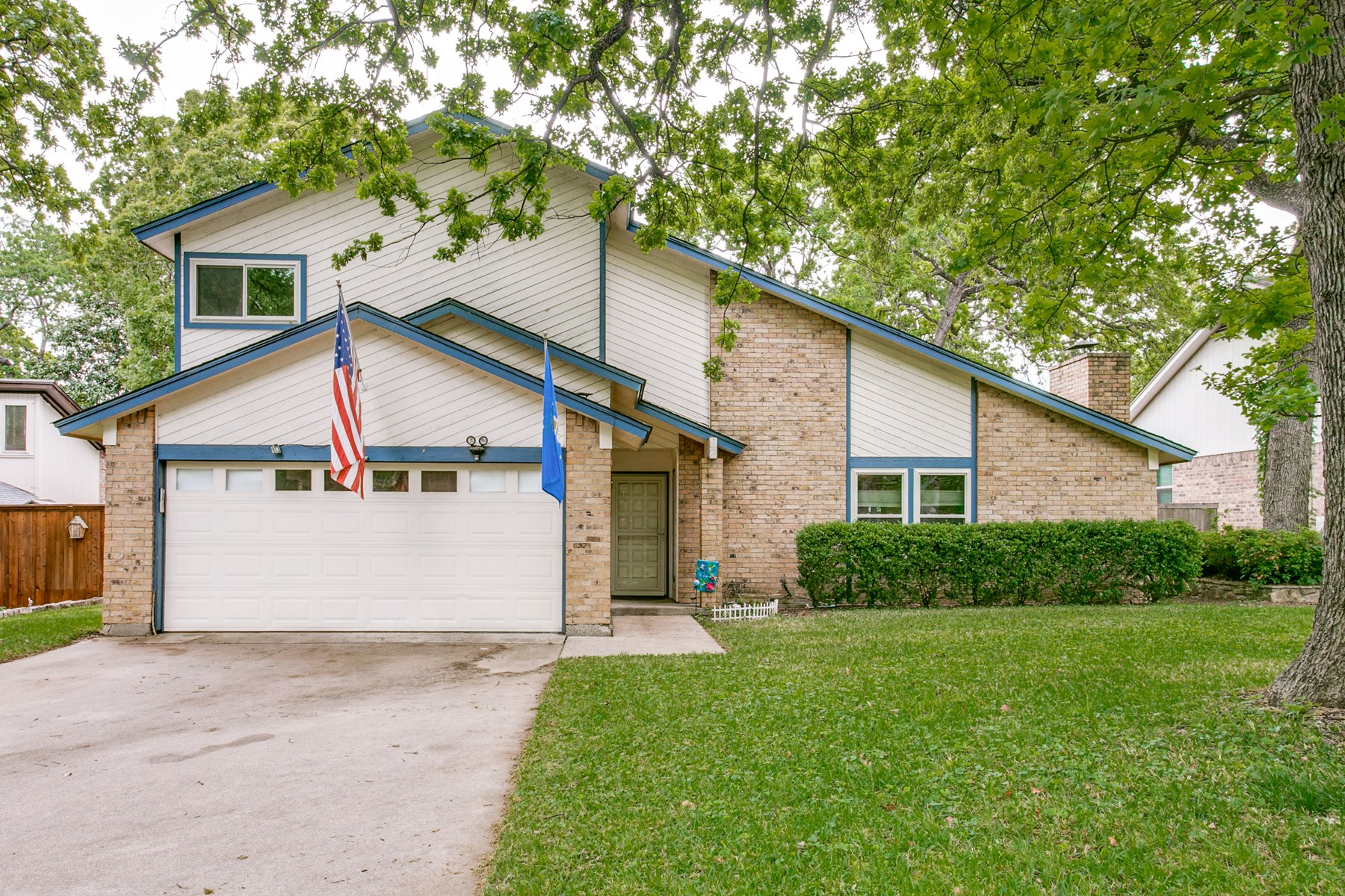 Great Family Home Minutes From Grapevine Lake