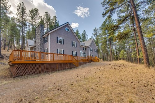 LUXURY MOUNTAIN HOME FOR SALE