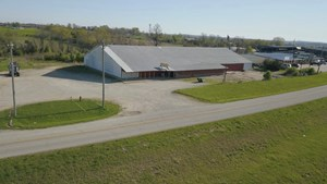 COMMERCIAL BUILDING FOR SALE IN SOUTHERN MISSOURI