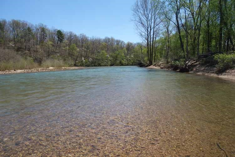 RIVERFRONT PROPERTY ON THE CURRENT RIVER IN SHANNON COUNTY