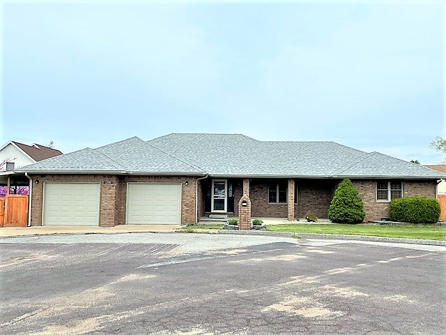 Home for Sale in Mountain Grove, Mo