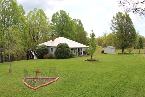 COTTAGE STYLE HOME WITH 5.06 ACRES IN FRANKLIN COUNTY, VA