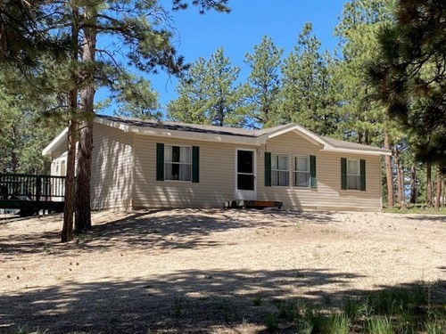 WELL-KEPT MANUFACTURED HOME FOR SALE