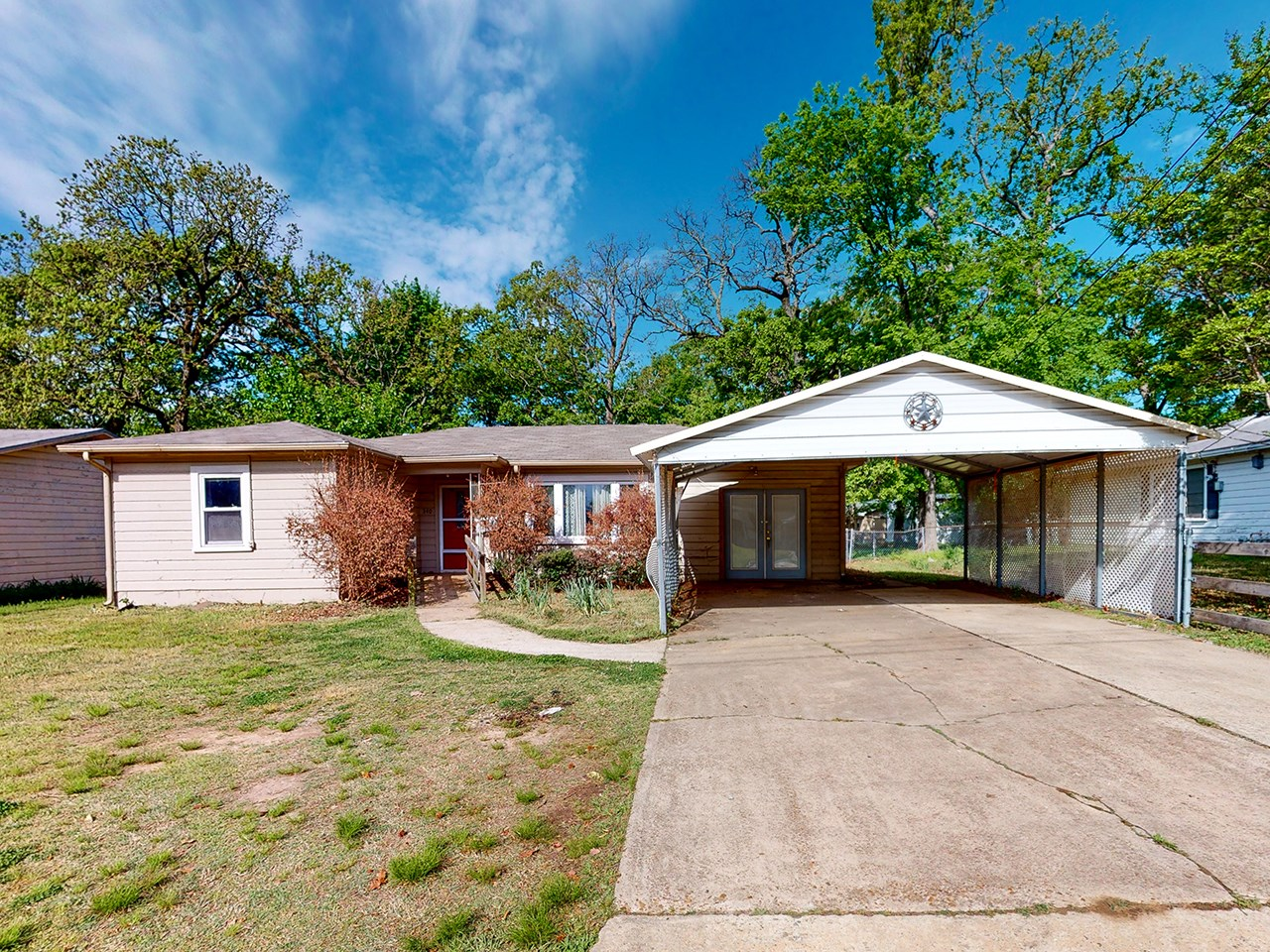 Home In Town For Sale In Paris Texas Lamar County