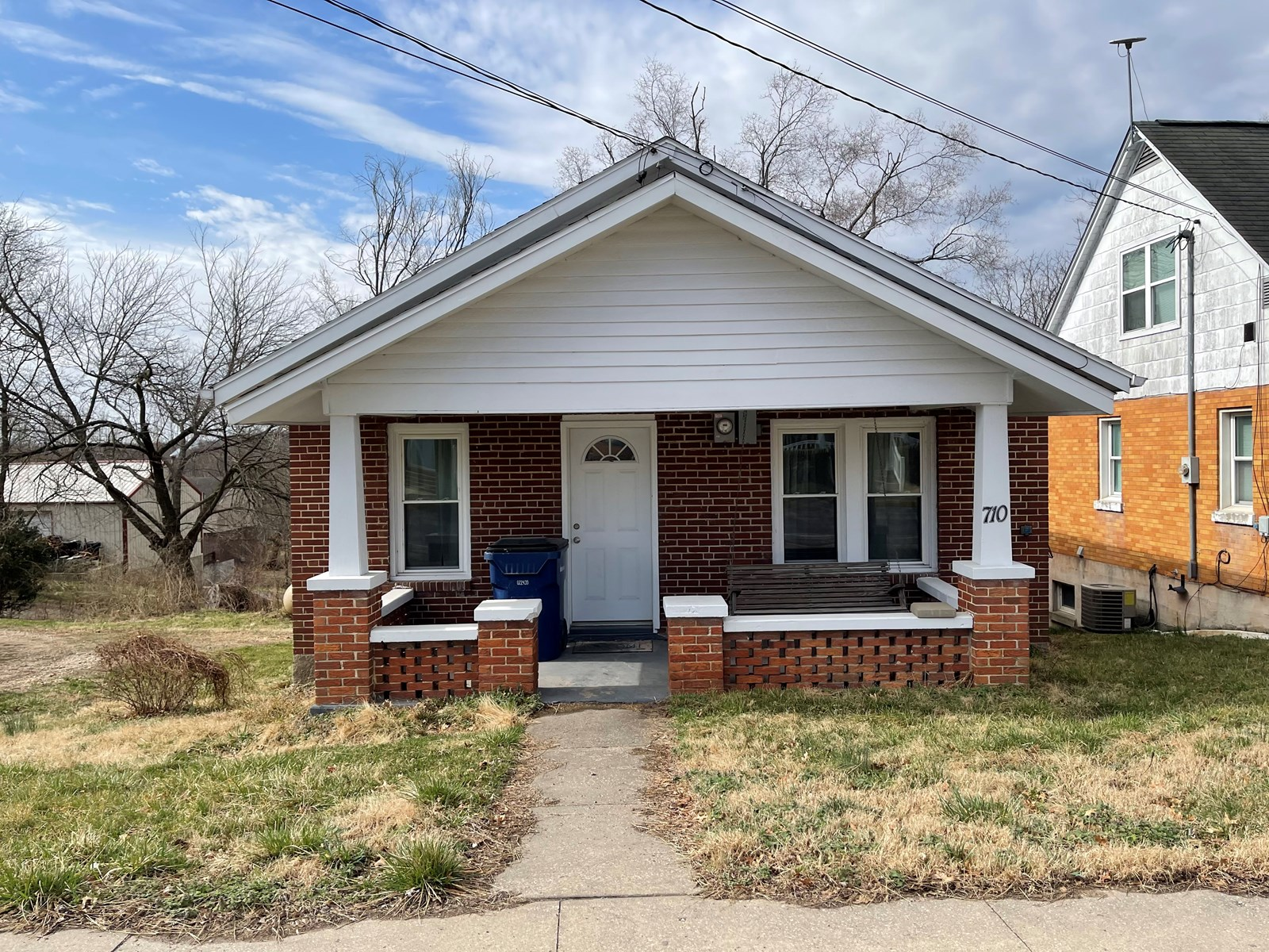 2 Bed, 1 Bath in Linn. Missouri