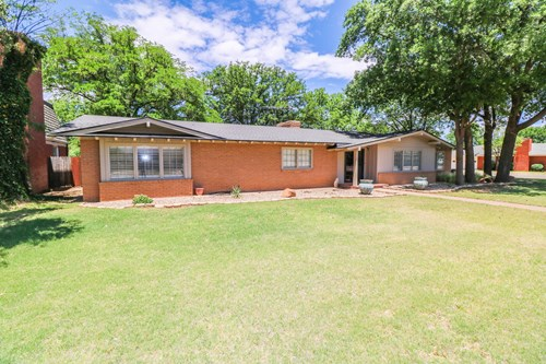 Beautiful, ONE OF A KIND home in Littlefield, TX