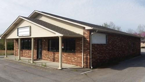 Pharmacy Building & Dr office, 336 S Main St Crossville TN