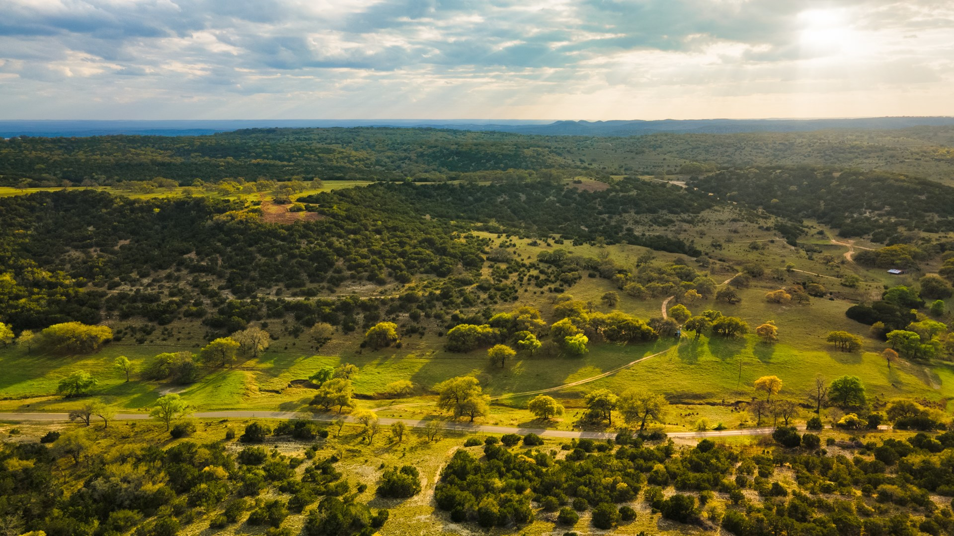 Kendall County Land For Sale with Amazing Views!