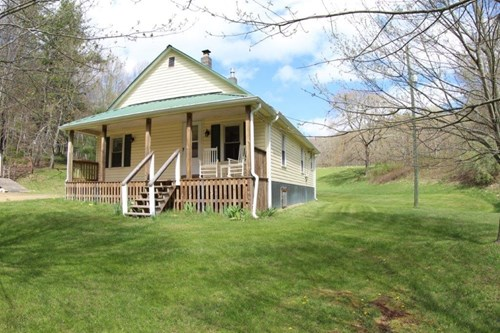 RANCH STYLE HOME WITH 32.08 AC LOCATED IN FLOYD COUNTY, VA