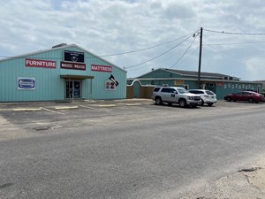 COMMERICAL PROPERTY LOCATED IN ROCKPORT, TEXAS