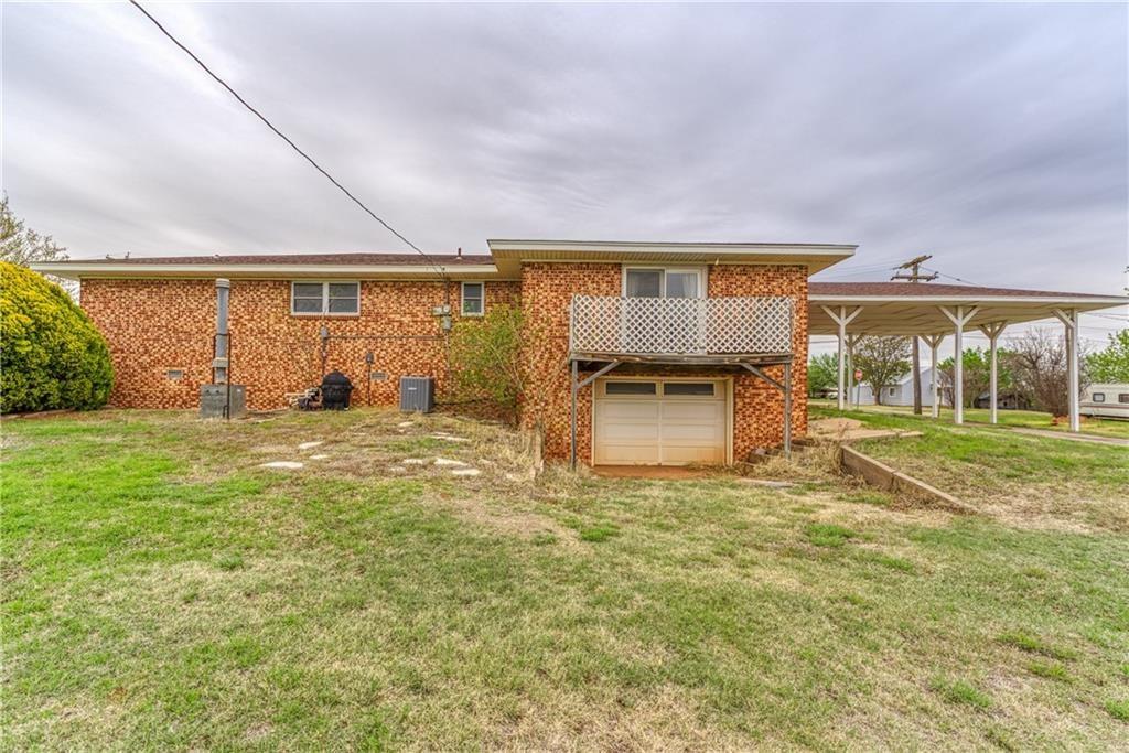 301 N Bryan Avenue, Mangum, Oklahoma 73554