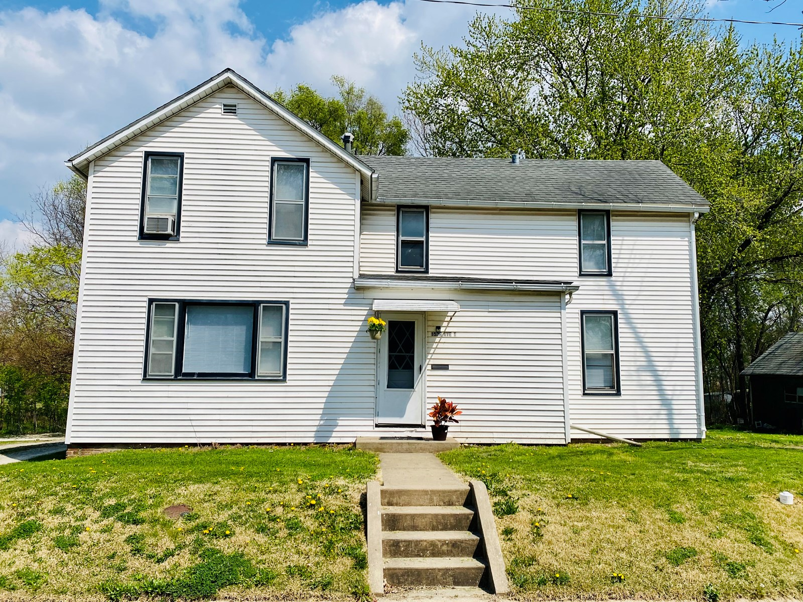 Newly Updated Home in Ft. Madison, IA