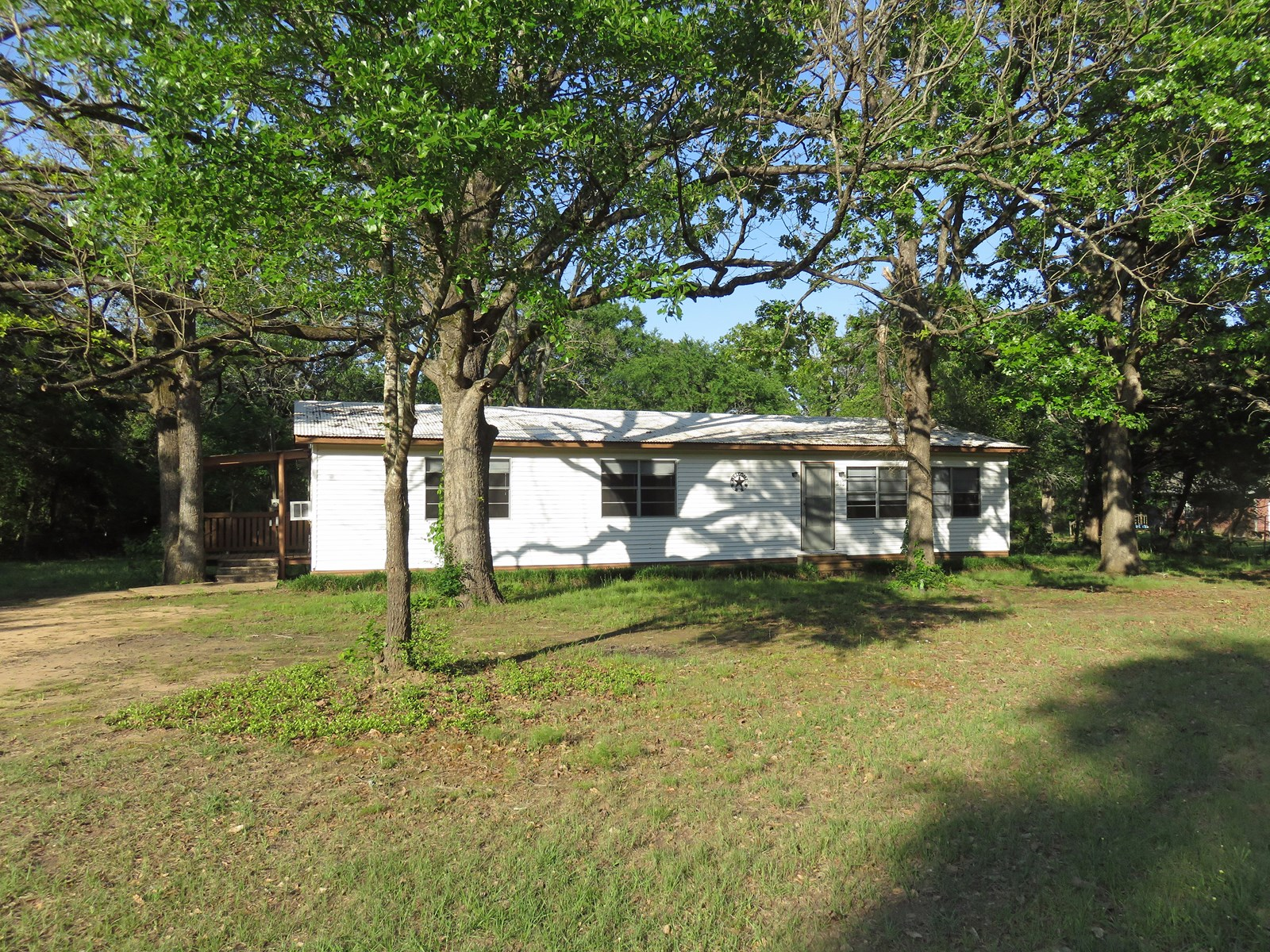 Lot for Sale in Lake Richland Chambers Subdivision