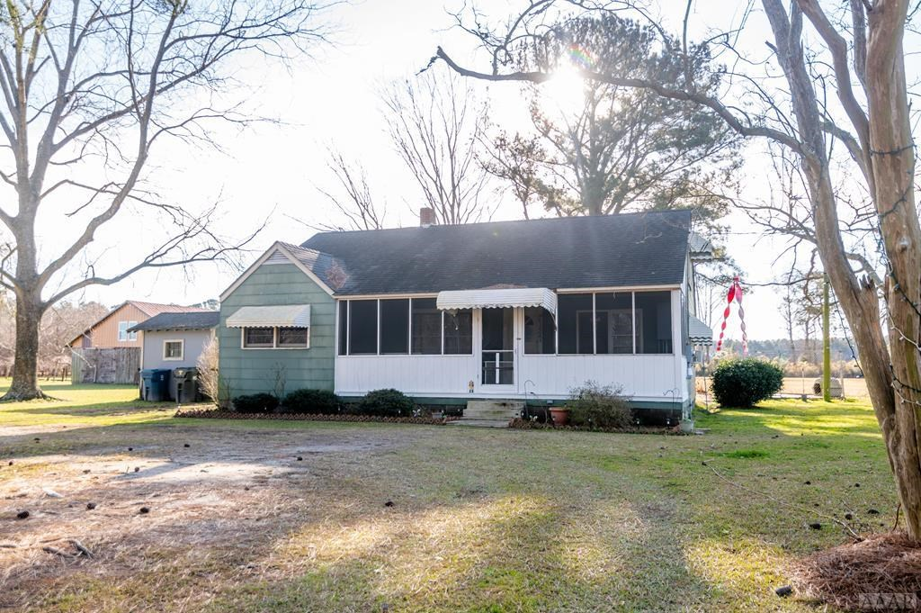 Fixer Upper in Tyrrell County For Sale